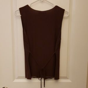 anchor blue Tops - Brown sleeveless v-neck top